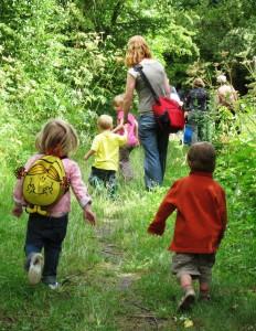 kids-on-a-trail